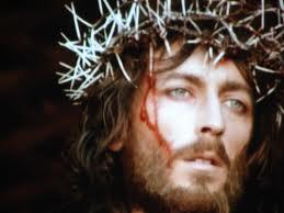 Se repartieron la ropa de Jesús, echándola a suerte